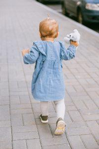 Quand bébé commence à marcher
