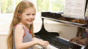A quel age un enfant peut-il commencer le piano ?